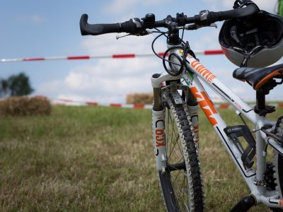 What Should I Avoid When Looking for the Best Budget Mountain Bike